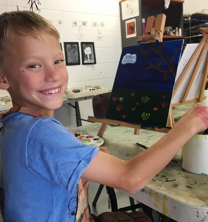 Creative and expressive art therapy for children in Logan